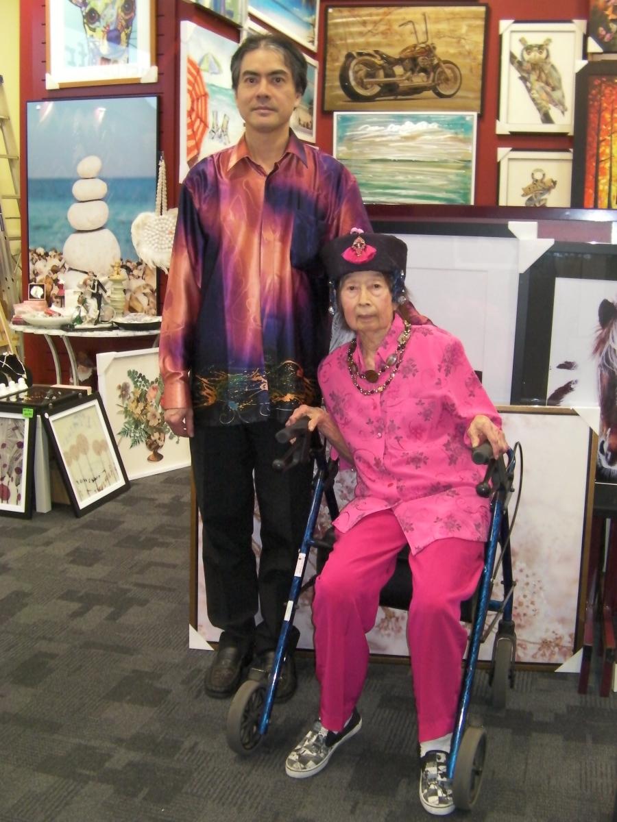 Khai & Khim at a Custom Framing Shop (2 July 2019, 12:08 PM Tuesday)