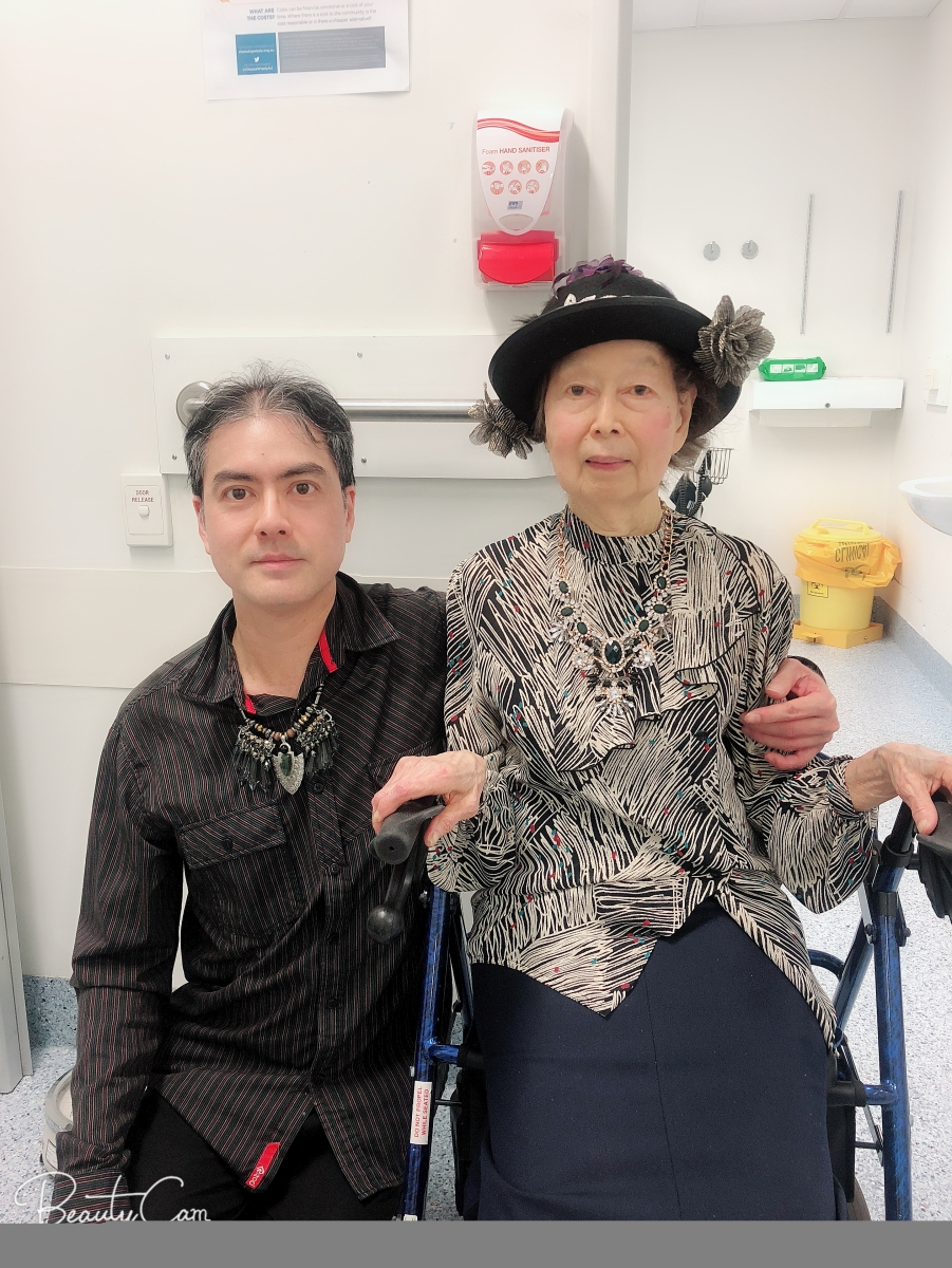 Khai & Khim at the Wound Management Clinic of the Royal Brisbane and Women's Hospital (6 Nov 2018, 12:15 PM Tuesday)