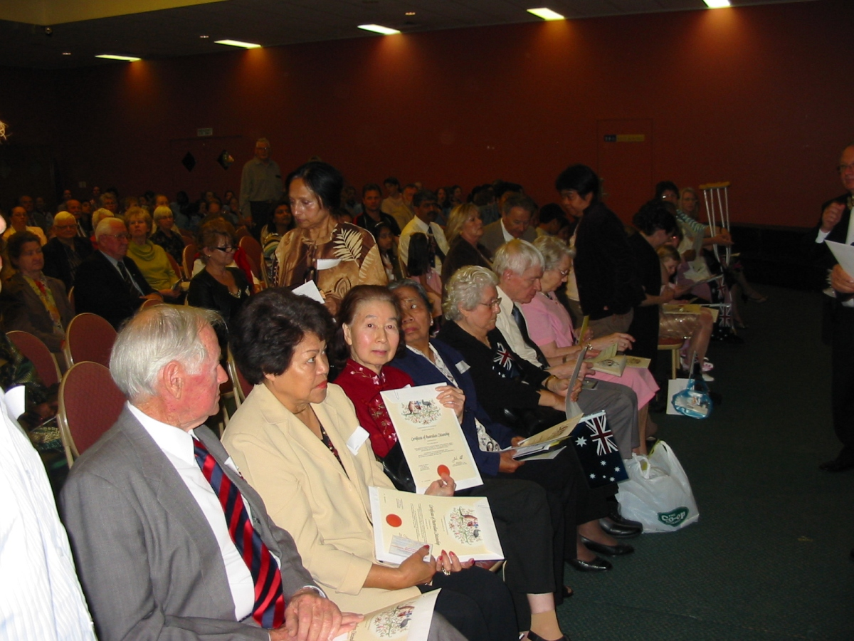 Khim becoming an Australian citizen on Friday, 26 August 2005, 11:44 AM
