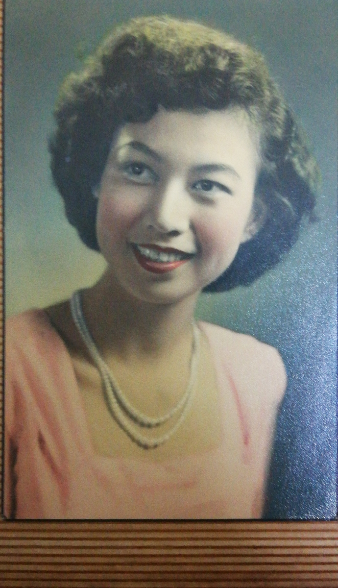 Khim Looking Her Best in Colour (1955)